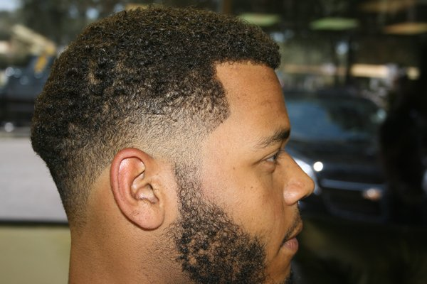 how to cut hair like a barber